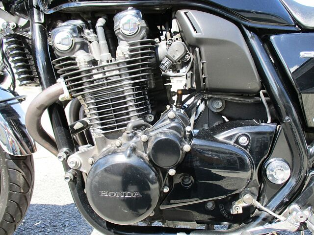 CB1100 BLACK (SC65) 2013Model 車両販売だけでなく、ヘルメット・用品・パ…