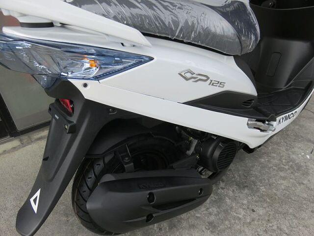 GP125i 普段使いにちょうどいいコンパクトスクーター LED式テールランプ