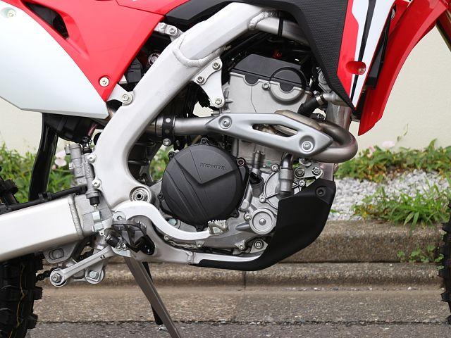 CRF250RX エンジンとフレーム以外全て新品!?