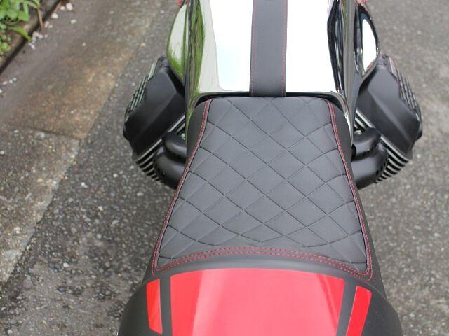V7 III Racer 10TH ANNVERSARY モデルが入荷!