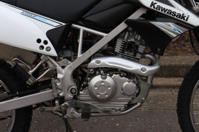 KLX125 GIVIトップケース付