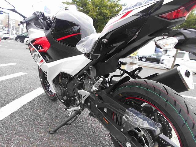 ニンジャ400 【新車在庫あり】即納可能です! Ninja400 7枚目【新車在庫あり】即納可能です…