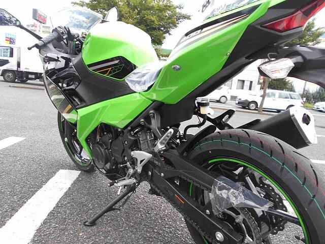 ニンジャ400 【新車在庫あり】即納可能です! Ninja400 KRT 7枚目【新車在庫あり】即納…