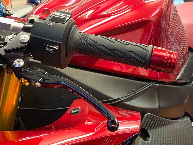 GSX-R750 【限定カラー!無転倒極上車両!カスタム総額60万円相当!】