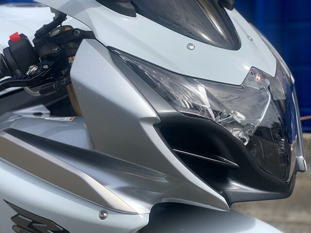 GSX-R1000 【無転倒!綺麗です!FRタイヤ新品サービス致します!】