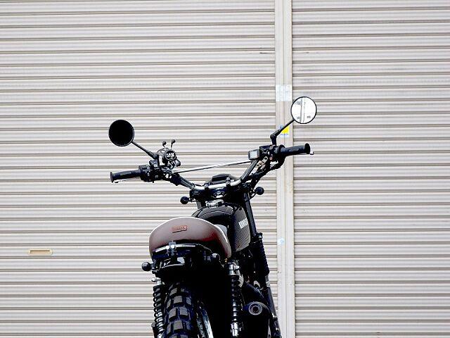 250TR 東京モーターサイクルショー出品車両です。 ハンドル周りの豪華装備品や