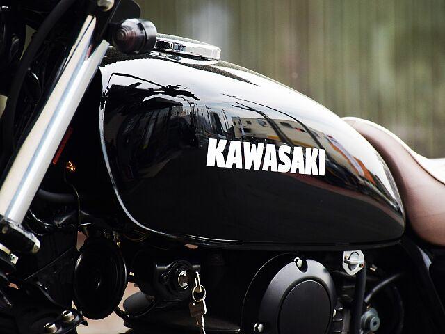 250TR 東京モーターサイクルショー出品車両です。 オイルクーラーは無しという事だしたら金額が抑え…