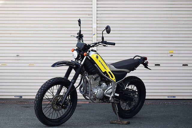 トリッカー ライトカスタム!遊べるバイク! 純正がダウンフェンダーの所、社外アップフェンダーへ変更。
