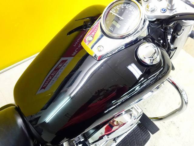 シャドウ750 シャドウ750 エンジンガード・バックレスト・サイドバッグ装備 カスタム多数のお買い…