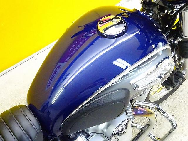 W800 W800 ビキニカウル・ワイバンクラシックマフラー・ハンドルカスタム カスタム多数のお買い…