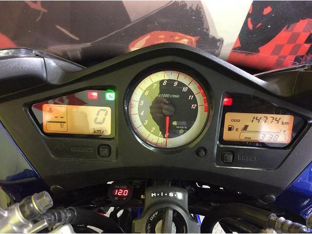 VFR800 VFR800 リアキャリア グリップヒーター 電圧計 電圧計付き!