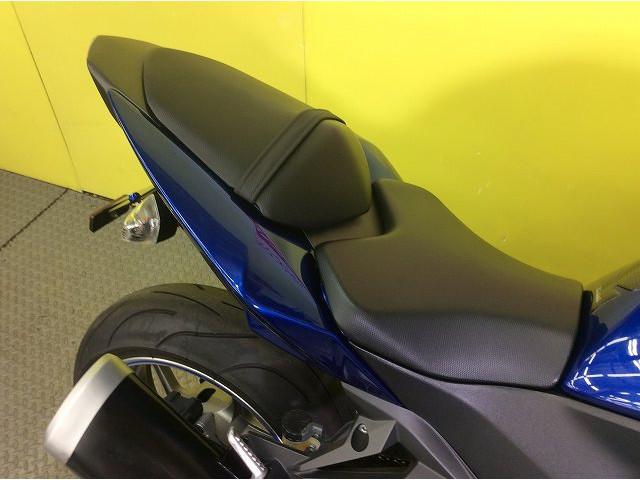 Z750(水冷) Z750 スクリーン エンジンスライダー フェンレス シート破れなし!