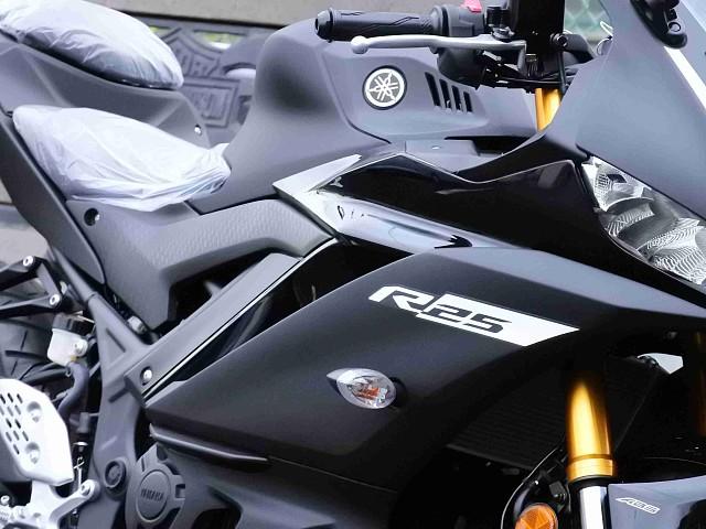 YZF-R25 【新車在庫あり】即納可能です! YZF-R25 ABS 3枚目【新車在庫あり】即納可…