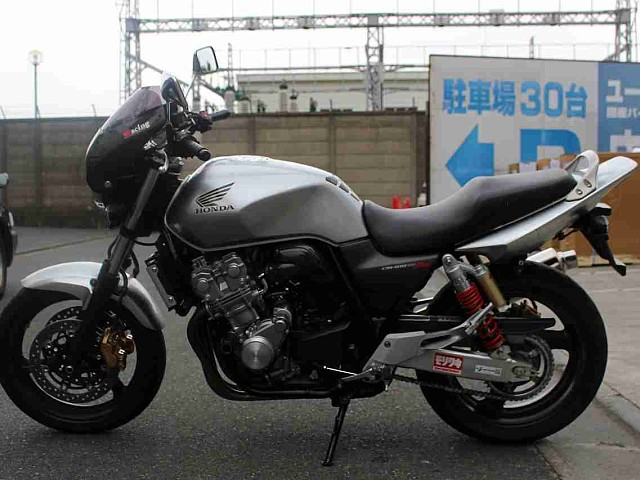 CB400スーパーフォア CB400SF REVO 5枚目CB400SF REVO