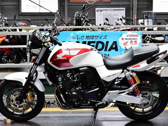 CB400スーパーフォア CB400SF REVO 4枚目CB400SF REVO