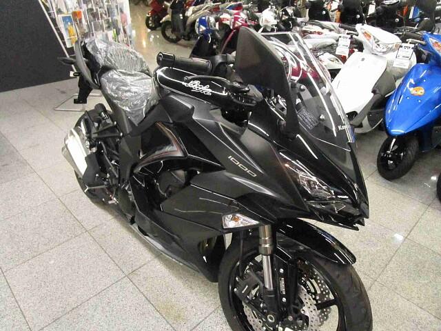 ニンジャ1000 (Z1000SX) 【新車在庫あり】即納可能です! Ninja1000ABS 2枚…