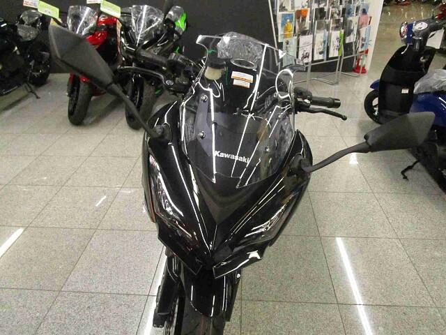 ニンジャ1000 (Z1000SX) 【新車在庫あり】即納可能です! Ninja1000ABS 3枚…