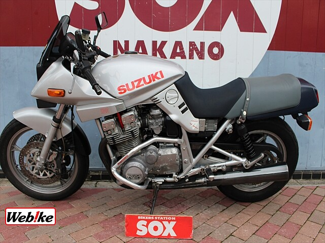 GSX1000S カタナ (刀) KATANA 70周年記念アニバーサリーモデル 3枚目KATANA…