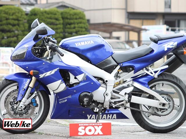 YZF-R1 3枚目