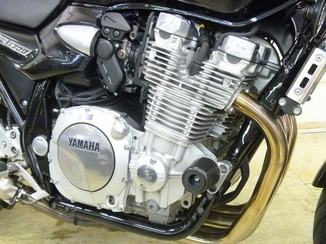 XJR1300 XJR1300 エンジンスライダー バイク王といえば買取!上尾店は販売店ですが買取も…