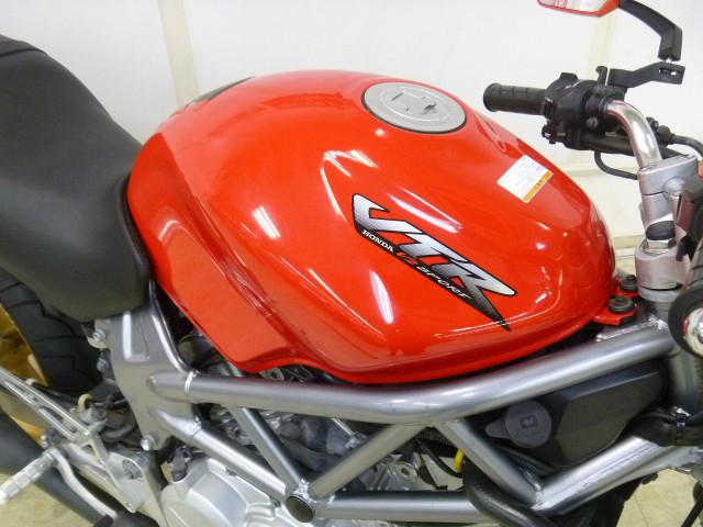 VTR250 VTR250 キャブモデル 社外タコメーター バックステップ 当社では8通りの車両保証…