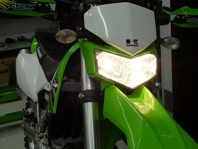 KLX250 2015年モデル ハンドル改