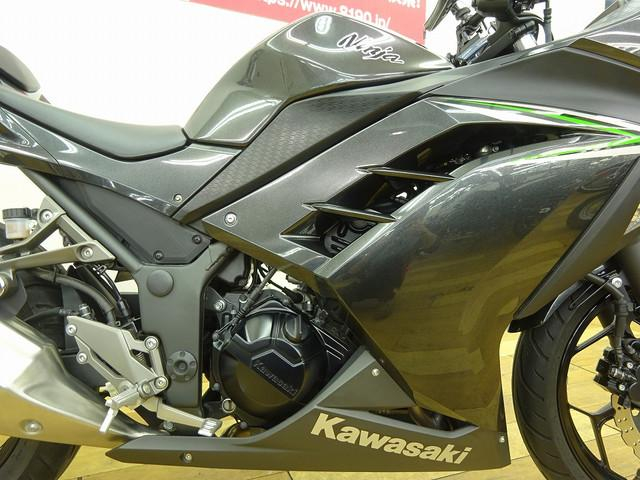 ニンジャ250 Ninja 250 スリッパークラッチ搭載 マルチマウント付き 店内に認証工場を併設…