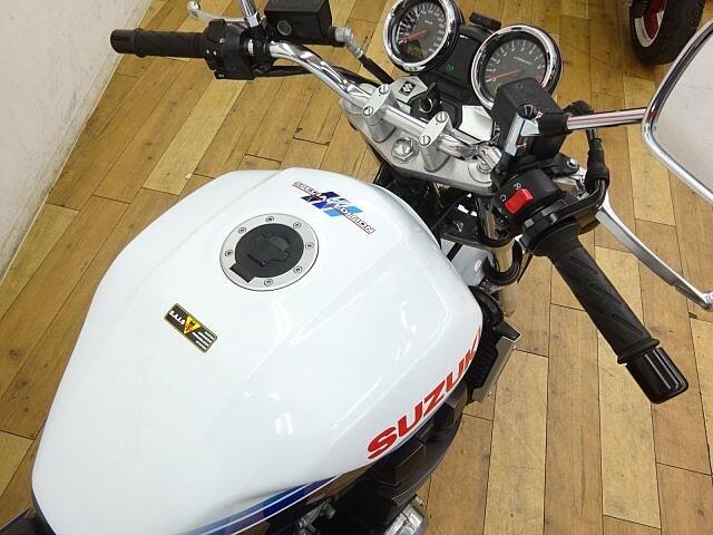 GSX1400 GSX1400 スペシャルエディション ☆★ワイバン製フルエキ… 7枚目:GSX14…