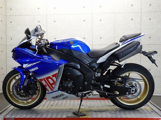 YZF-R1 22660