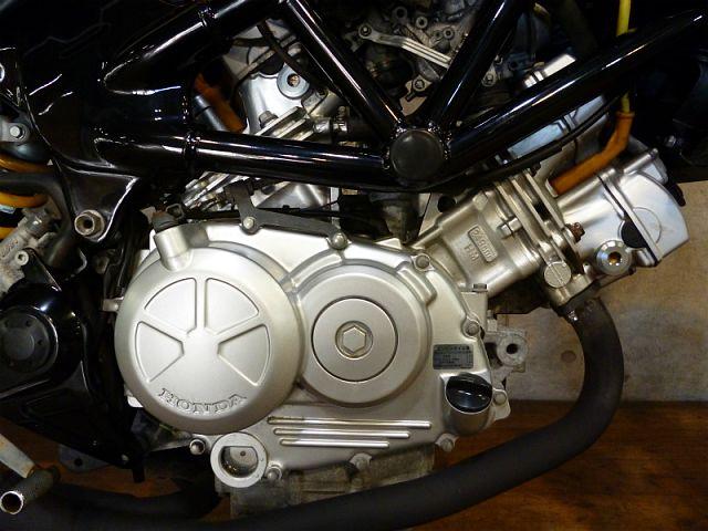 VTR250 ツインエンジンのトルクが堪らない!ぐんぐん走ります!