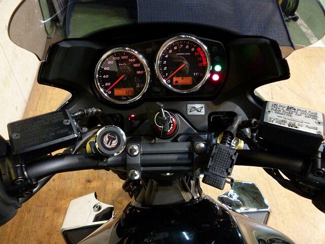 ZRX1200ダエグ 低走行・最終モデルのZRX1200D!不動の人気です!