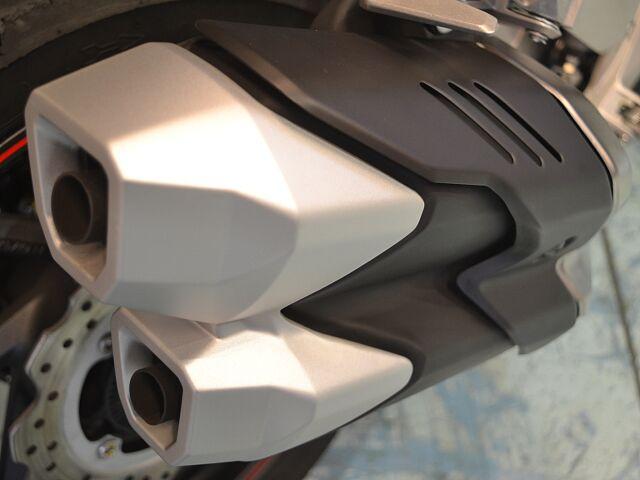 CBR250RR(2017-) ETC・USB電源・マルチバー付属!