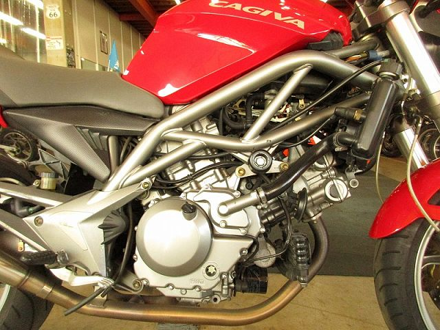 RAPTOR650 信頼あるスズキSV650エンジン搭載!