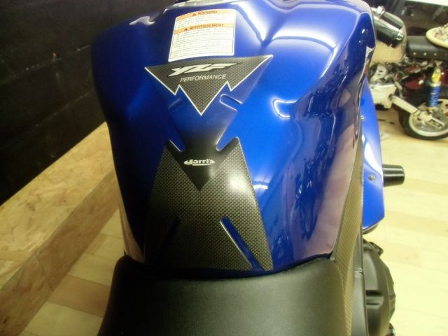 YZF-R1 '08 YZF-R1 正規輸入のフルパワー タンクパッドも付いてます