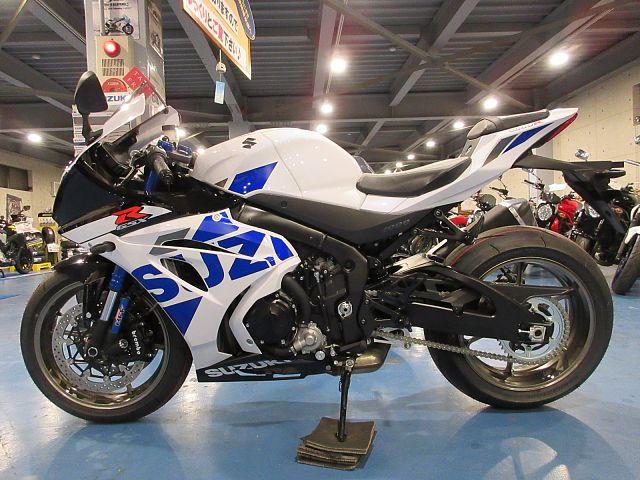 GSX-R1000R ホワイト即納!各色取り寄せ可能です!