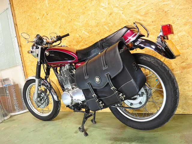 SR400 珍しい赤/黒カラー カスタム多数でお買い得です!