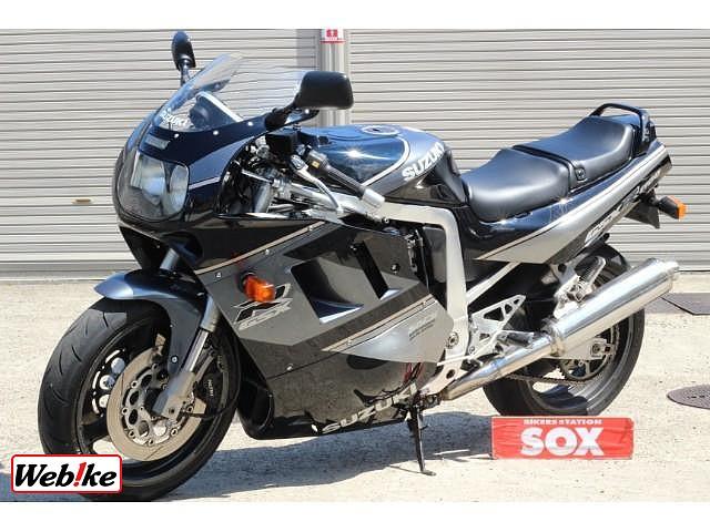 GSX-R1100 4枚目