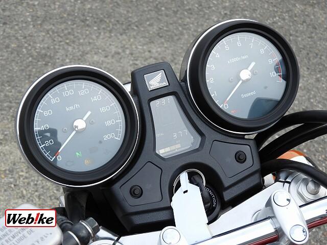 CB1100 EX ビキニカウル・エンジンスライダー装備 4枚目ビキニカウル・エンジンスライダー装備
