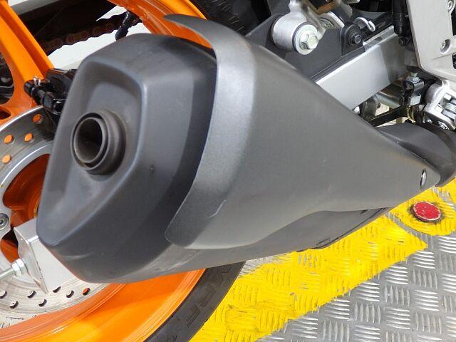 CBR250R (2011-) 軽快な走りが魅力的なフルカウルスポーツが低走行で登場です♪