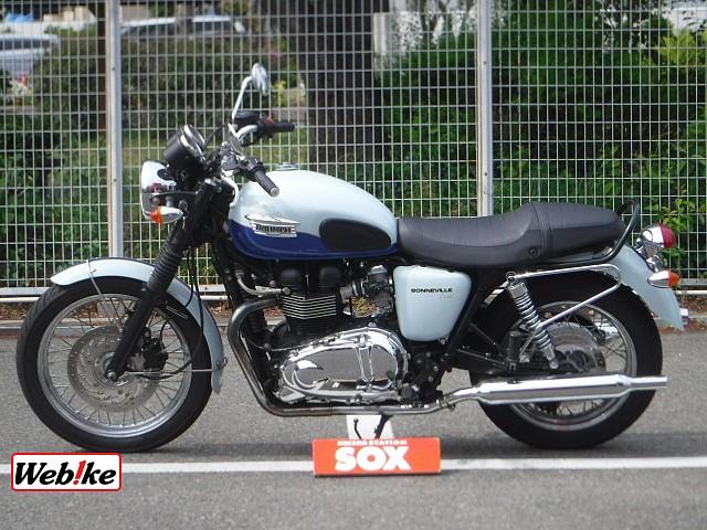 BONNEVILLE T100 4枚目