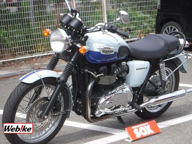 BONNEVILLE T100 5枚目