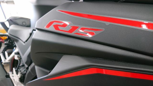 YZF-R15 他のカラーもご相談下さい