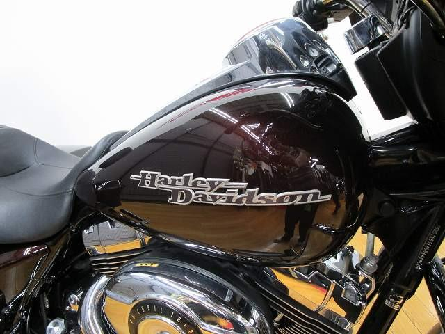 ハーレーダビッドソン その他 FLHX ストリートグライド 純正ナビ バッグレスト エンジンガード装…