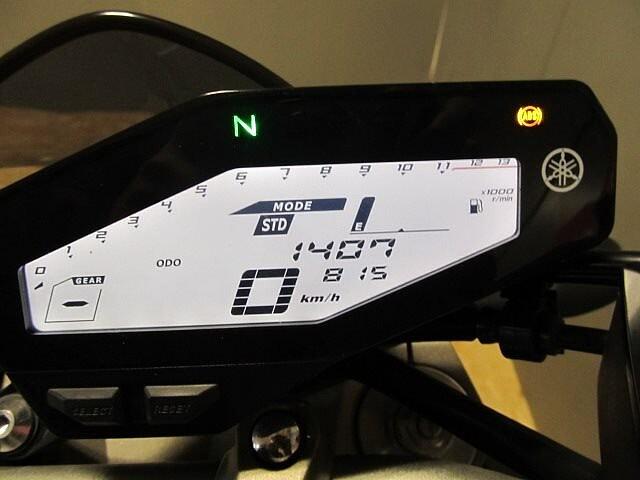 MT-09 MT-09 ABS 【マル得】 アクラボビッチマフラー装備! 7枚目:MT-09 ABS…