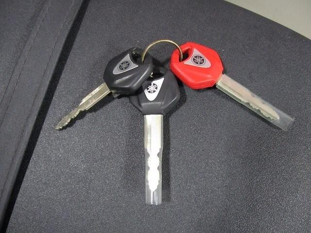 MT-09 MT-09 ABS 【マル得】 アクラボビッチマフラー装備! 8枚目:MT-09 ABS…