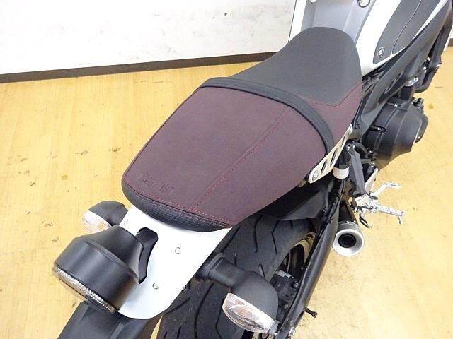 XSR900 XSR900 【マル得】 マッドなシルバー 車体が軽く使い勝手… 7枚目:XSR900…