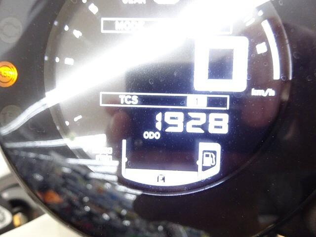 XSR900 XSR900 【マル得】 マッドなシルバー 車体が軽く使い勝手… 10枚目:XSR90…