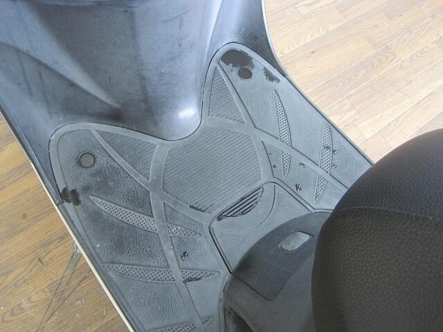 リード110(EX) リード110 2009年式モデル 通勤通学に便利なスクーター! 6枚目:リード…