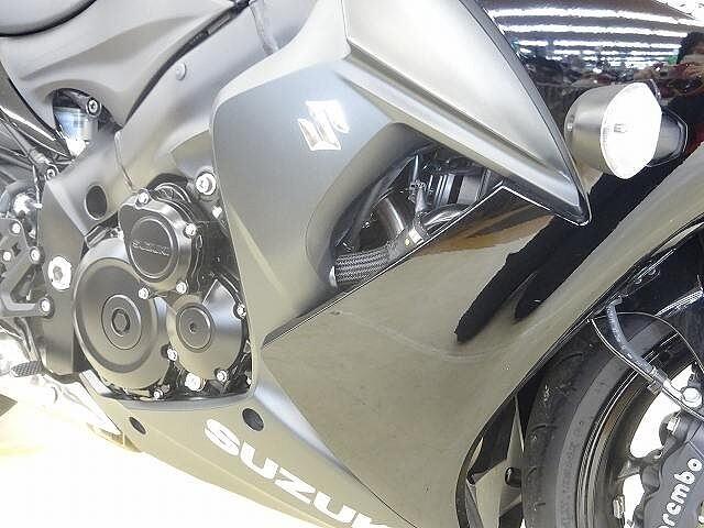 GSX-S1000F GSX-S1000F スリッパークラッチ搭載モデル ヘルメット… 9枚目:GS…