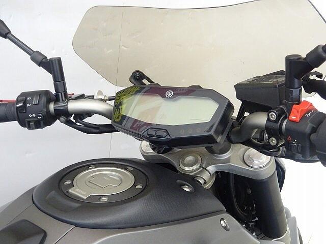 MT-07 MT-07 軽く取り回しやすい車体とスムースな加速感でビギナー… 5枚目:MT-07 軽…